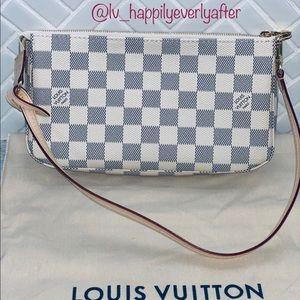 ❌SOLD❌Louis Vuitton Pochette Accessoires NM